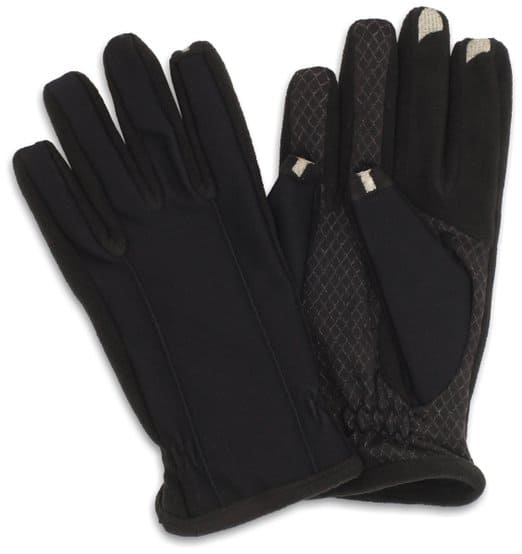 touchscreen gloves - best gifts for travelers