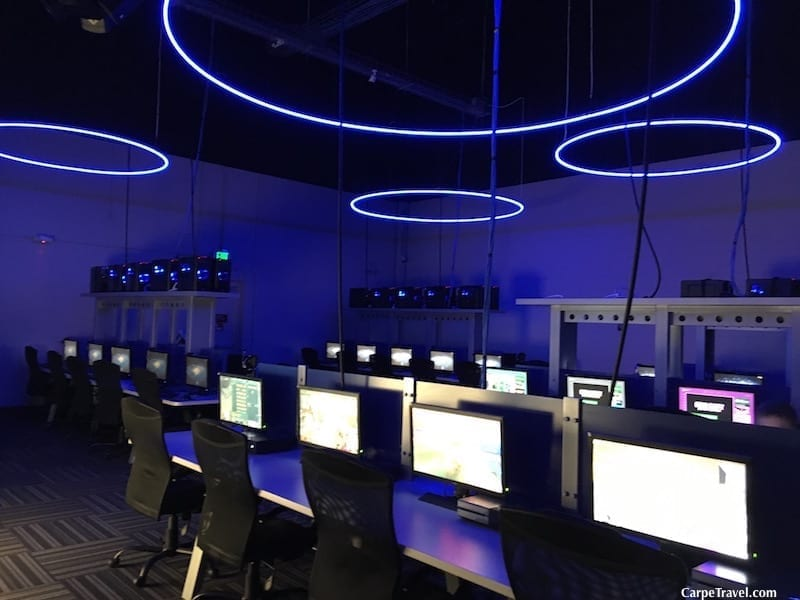 """Home to Denver's newest eSports LAN gaming zone, GameWorks gives """"gaming athletes"""" a new destination to flex their competitive gaming skills. Click over to read the full review of Gameworks in Denver from Carpe Travel's editor (and her kids)."""