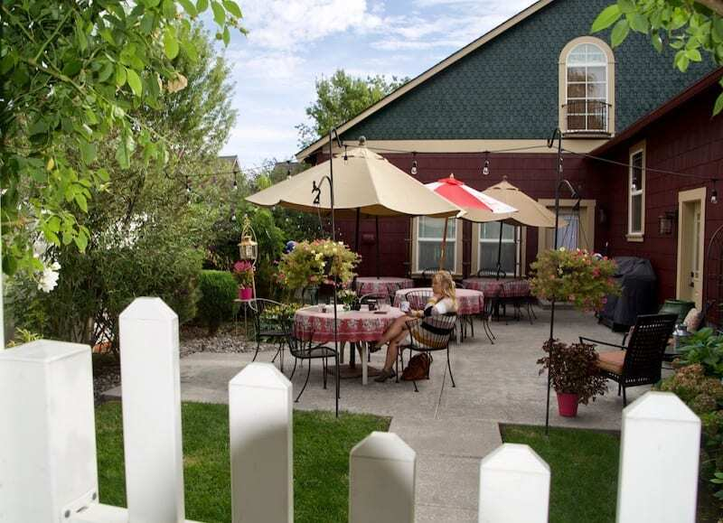 ALWAYS eat breakfast on the patio at Fat Duck Inn - a top Walla Walla Bed and Breakfast.