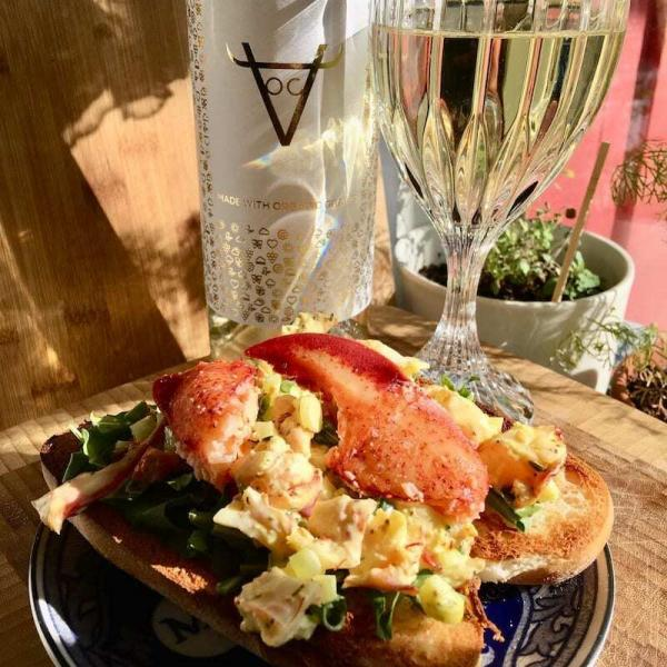 New England Lobster Roll Wine Pairing